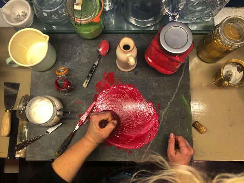 Altijd al zelf willen leren om je eigen kunstenaarsmaterialen te maken?